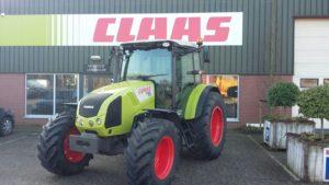CLAAS AXOS 320 4 cil 85pk afgeleverd. Als tweede tractor verkocht bij een grote melkveehouderij omgeving Zeddam.