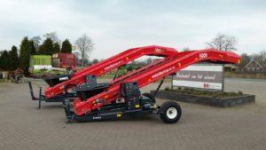 Net voor Pasen aan twee klanten een nieuwe Dewulf / Miedema transporteur type Planter Filler ME 60 van Dewulf/Miedema mogen leveren.