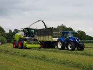 Nieuwe combi van Bosch Hengelo door De Kruyf Mechanisatie Aalten in bedrijf gesteld.